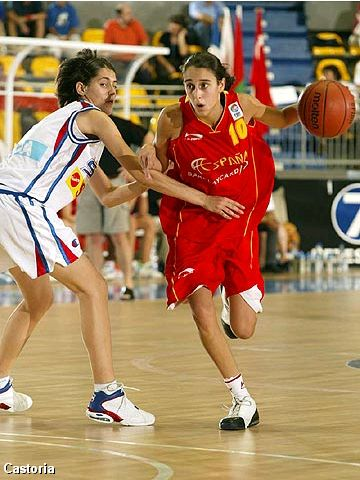 Spain's Alba Torrens Salom had 22 points in the Final against Serbia & Montenegro